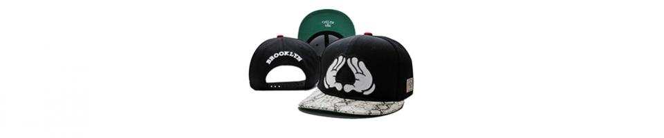 Topi pria dengan seri Gracefulvara – Fashion Men s Flat Cap merupakan seri  topi pria yang memiliki model yang unik aadbae7aef