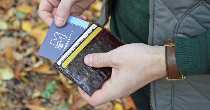 5 Dompet Kulit Pria Terbaik yang Sesuai dengan Kepribadianmu c73809a6db
