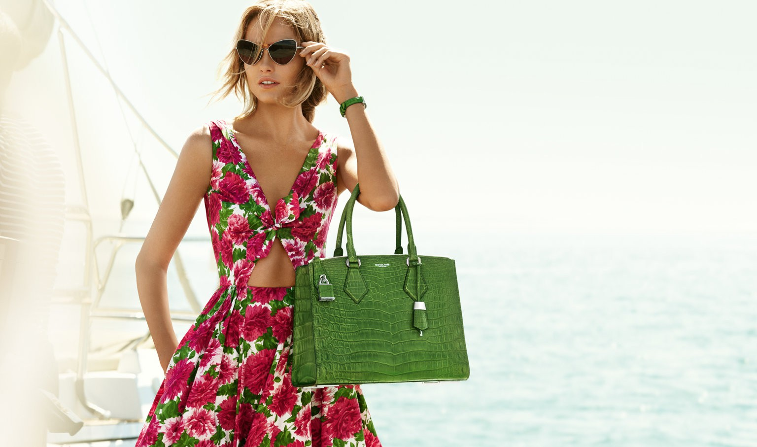 72ea200bb277 Buy Michael Kors Products in Malaysia August 2019