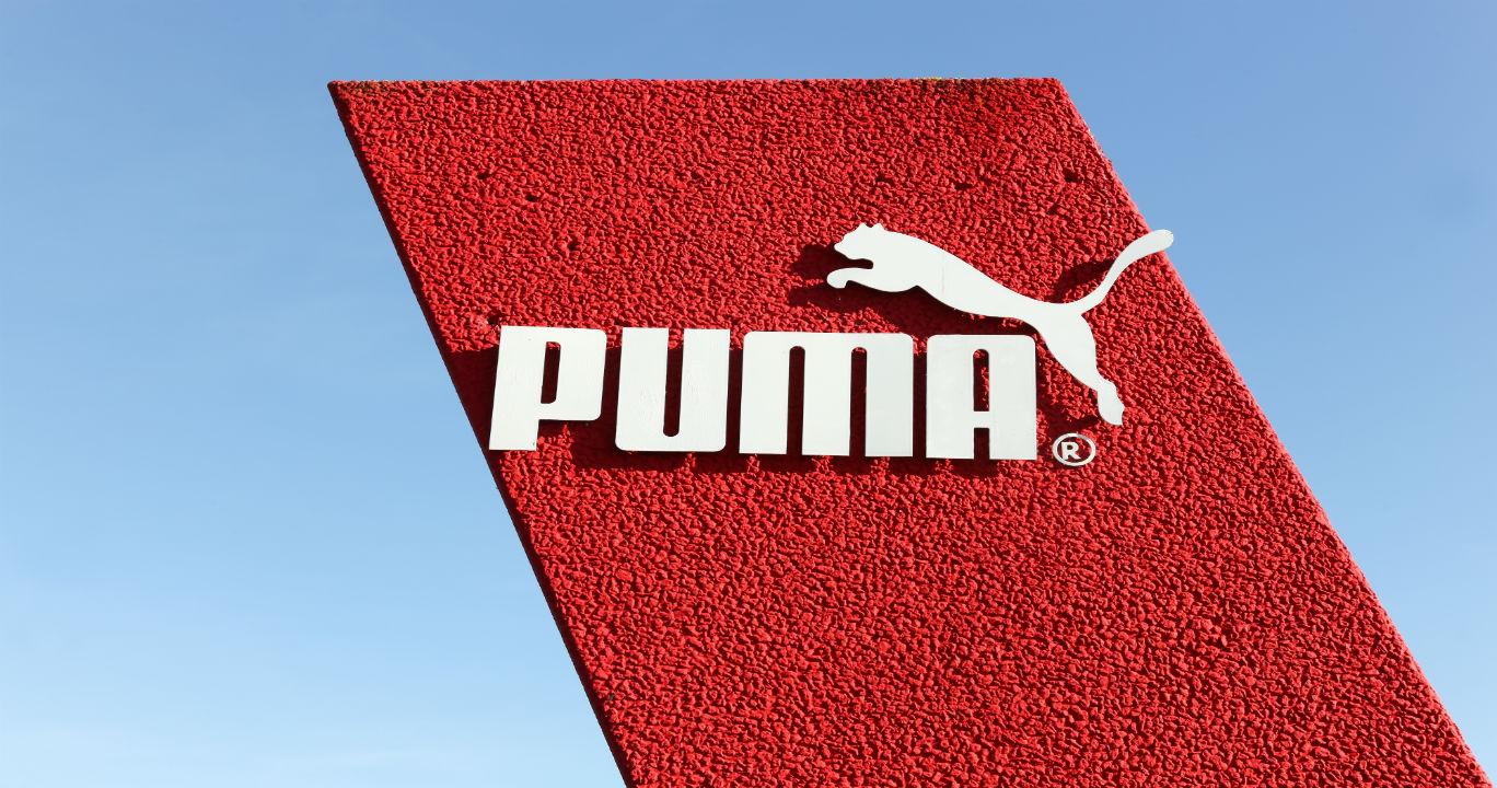 """Lari Seperti """"Supercar"""" dengan Puma Ferrari!"""