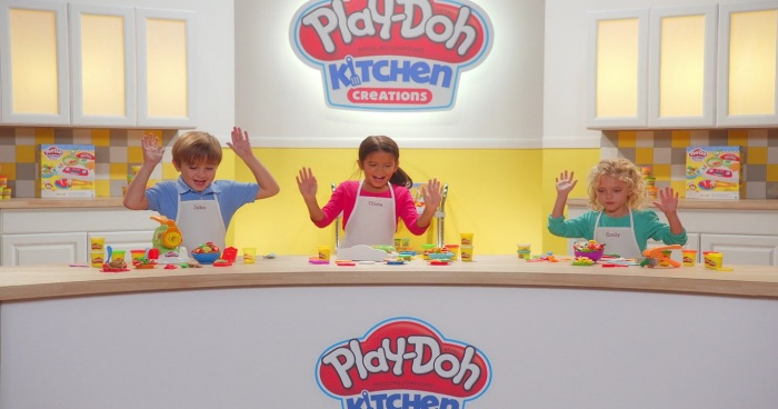 Make Impressive Pretend Food With Play Doh Kitchen Creations