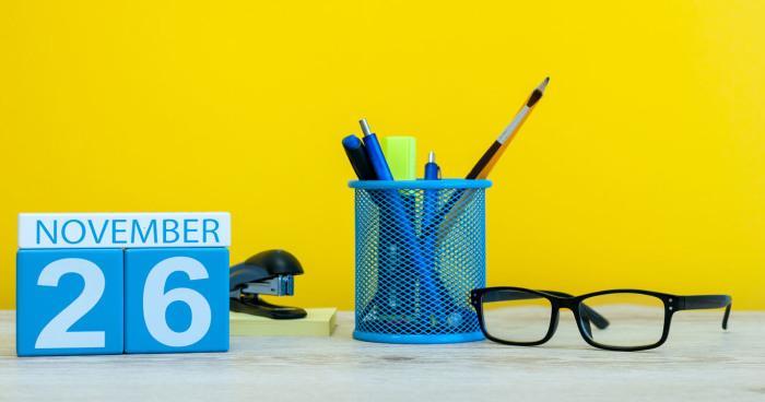 Starter Pack Miniso Agar Hari Pertamamu di Kantor Baru Terasa Sempurna 8b8a71c485
